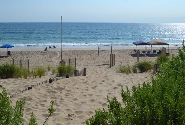 grouse-beach-access-1
