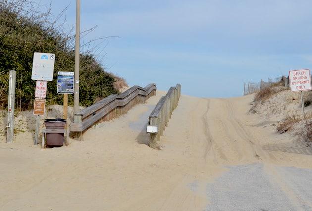 Juncos-beach-access-7