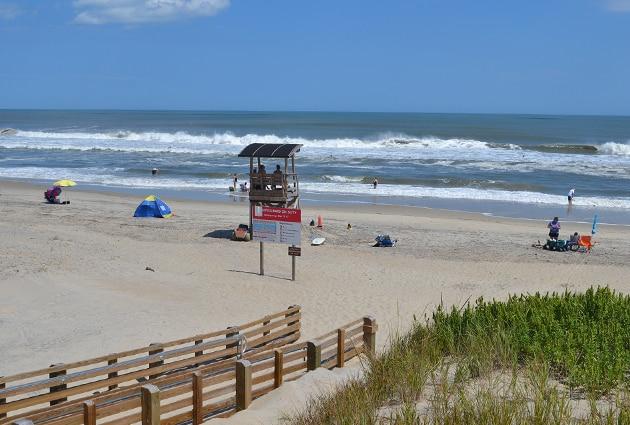 Coquina-beach-lifeguard