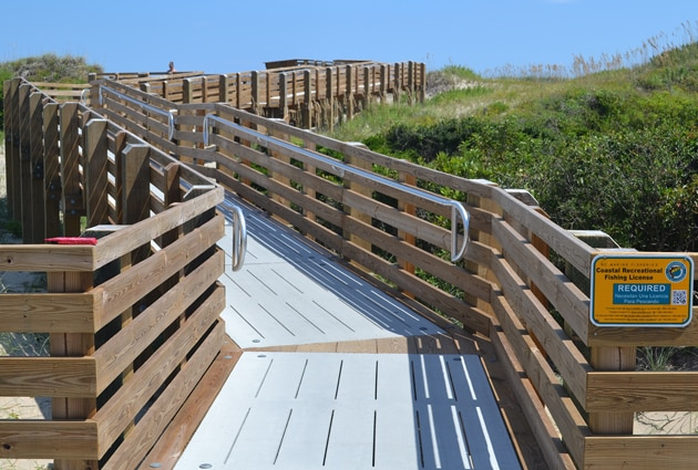 Coquina-beach-new-walkway