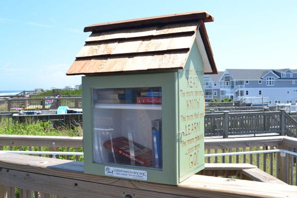 little library glenmere beach access