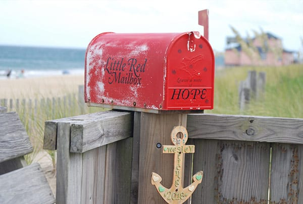 little red mailbox wesley